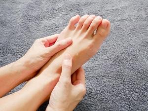 a lábak bizsergése visszeres