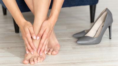 ha a láb meg van dagadva a visszerektől