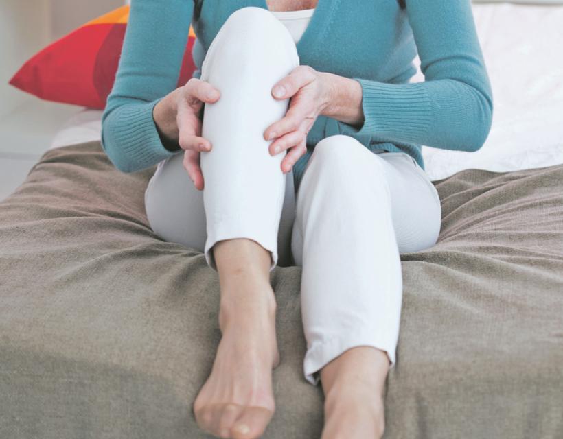Visszérgyulladás, nehéz léptek, takargatnivaló lábak – mi a megoldás?