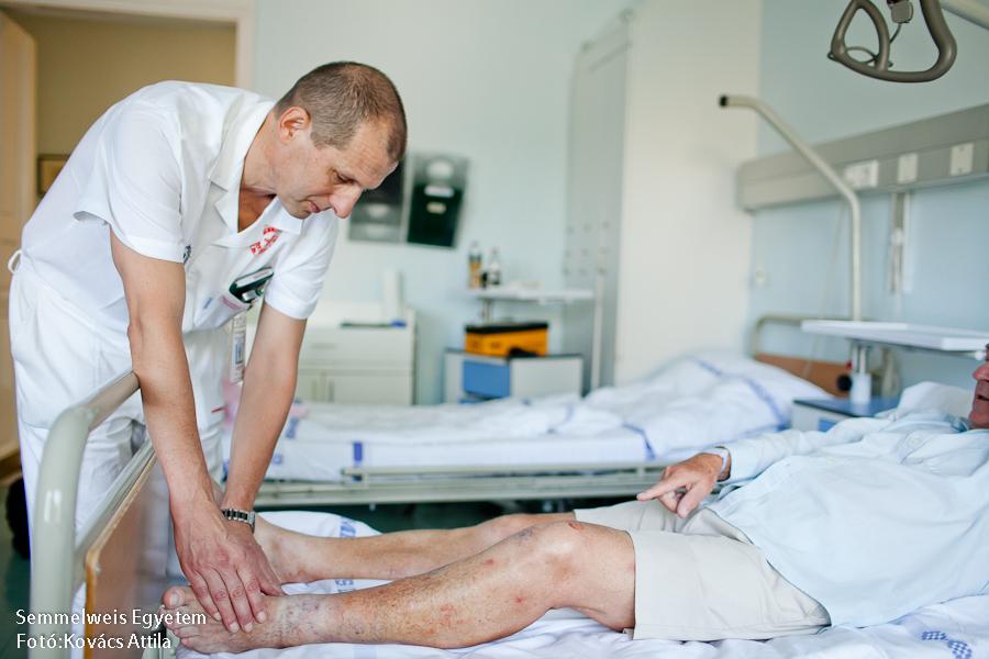 visszér kezelés egészségügyi program rózsaszínű foltok a visszér lábain