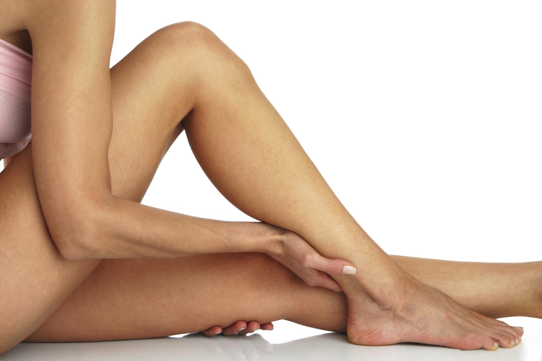 a lábak visszérégetnek